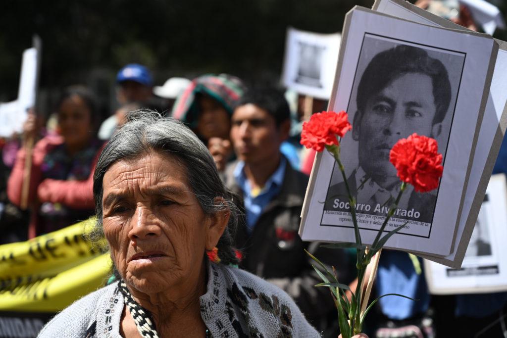 Recuerdan en Guatemala a las miles de víctimas de la guerra civil •  Semanario Universidad