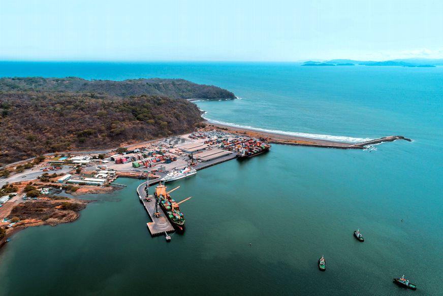 Puerto Caldera está colapsado y el Incop negocia liberarlo de su actual  concesión • Semanario Universidad