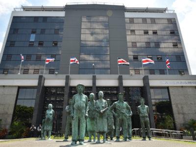El BCCR seguirá estimulando la actividad económica ante la mejora de las perspectivas mundiales y la baja inflación.