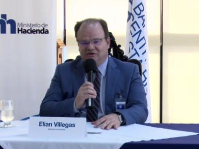 """El ministro de Hacienda, Elian Villegas, calificó el acuerdo a nivel técnico como """"histórico""""."""