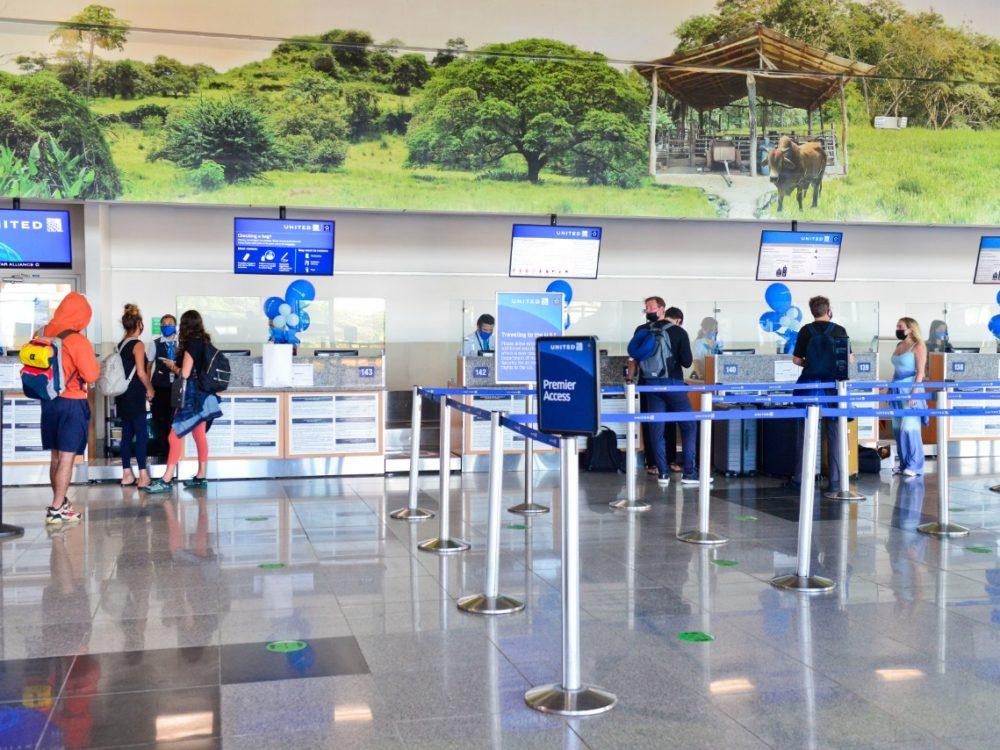 En diciembre de 2020 arribaron al país 71.000 turistas extranjeros. (Foto: Cortesía ICT)