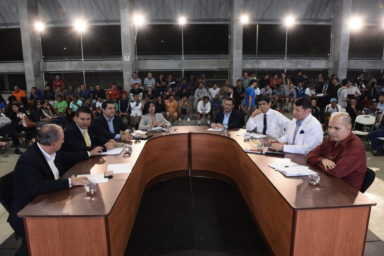 Siete candidatos presidenciales en el debate CIEP en el complejo La Reforma