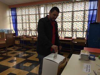 El secretario general del PAC, Eduardo Solano, votó a primera hora en Oreamuno de Cartago.