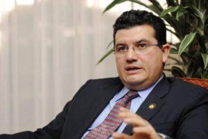 El ministro de la Presidencia, Sergio Alfaro, considera que la alta fragmentación de la Asamblea Legislativa afecta su productividad.