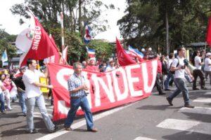 El Sindicato de Empleados de la UCR (Sindeu) se manifestó en contra de que la administración denuncie la actual Convención Colectiva en busca de realizarle cambios