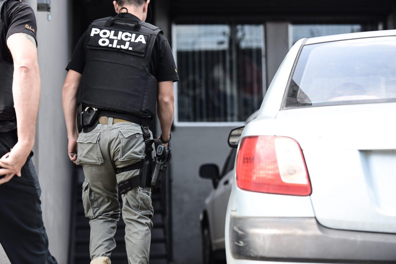 Los agentes judiciales también allanaron ayer las oficinas del Grupo JCB, ubicado en La Uruca, el cual pertenece a Juan Carlos Bolaños. Miriet Ábrego.