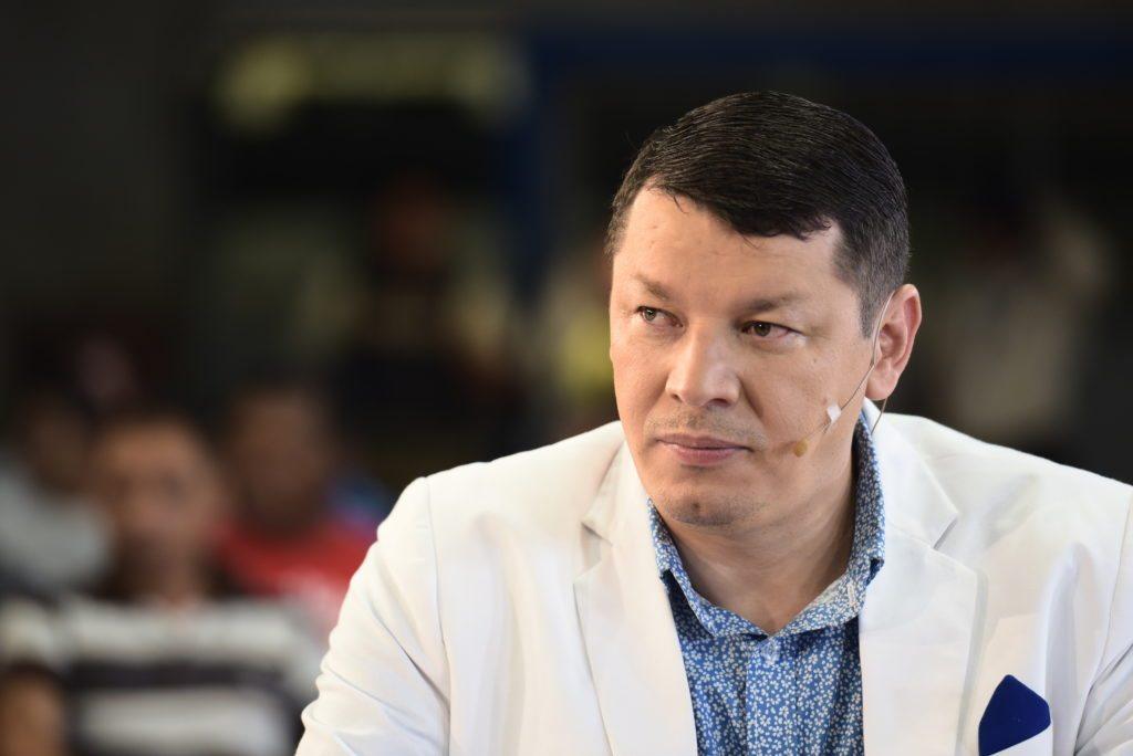 Óscar López enfrenta semana clave para saber si va a juicio por supuesta  estafa al Estado • Semanario Universidad